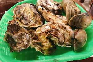 烤牡蠣蛤蠣吃到飽!牡蠣小屋本舗